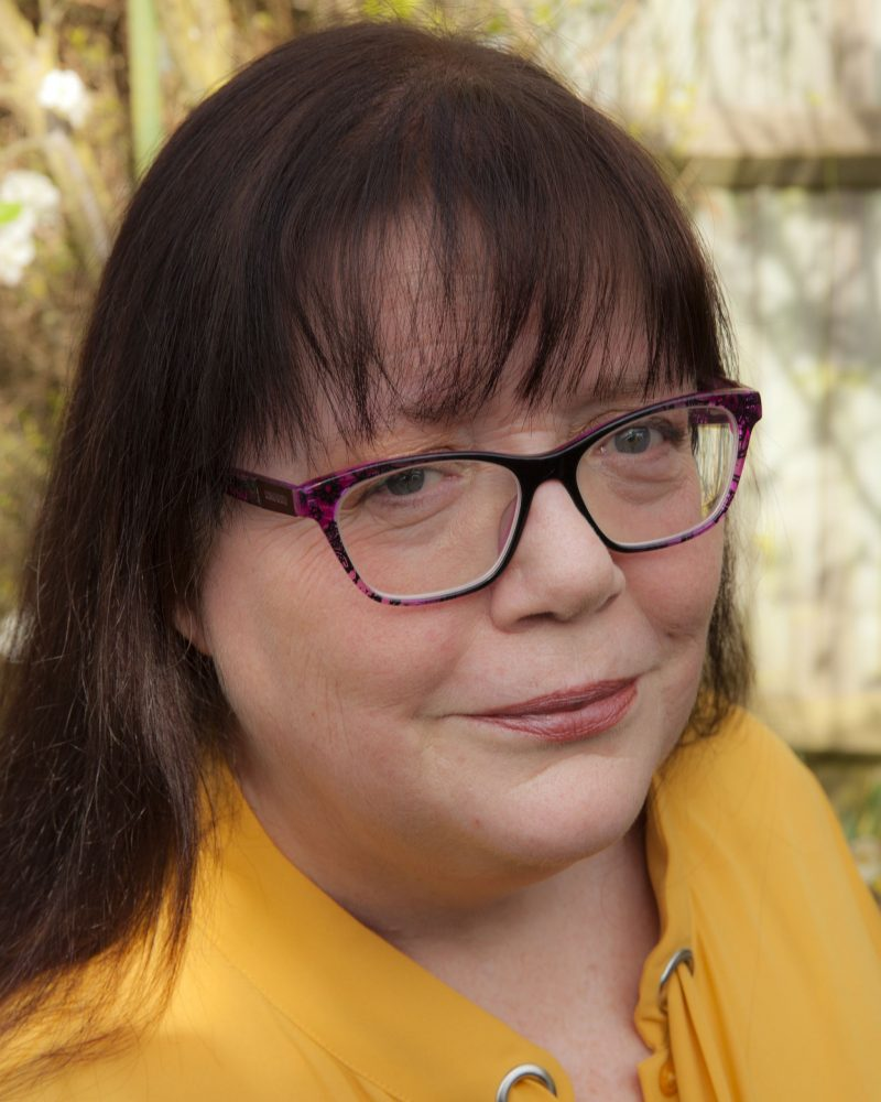 Author photo Elaine Everest