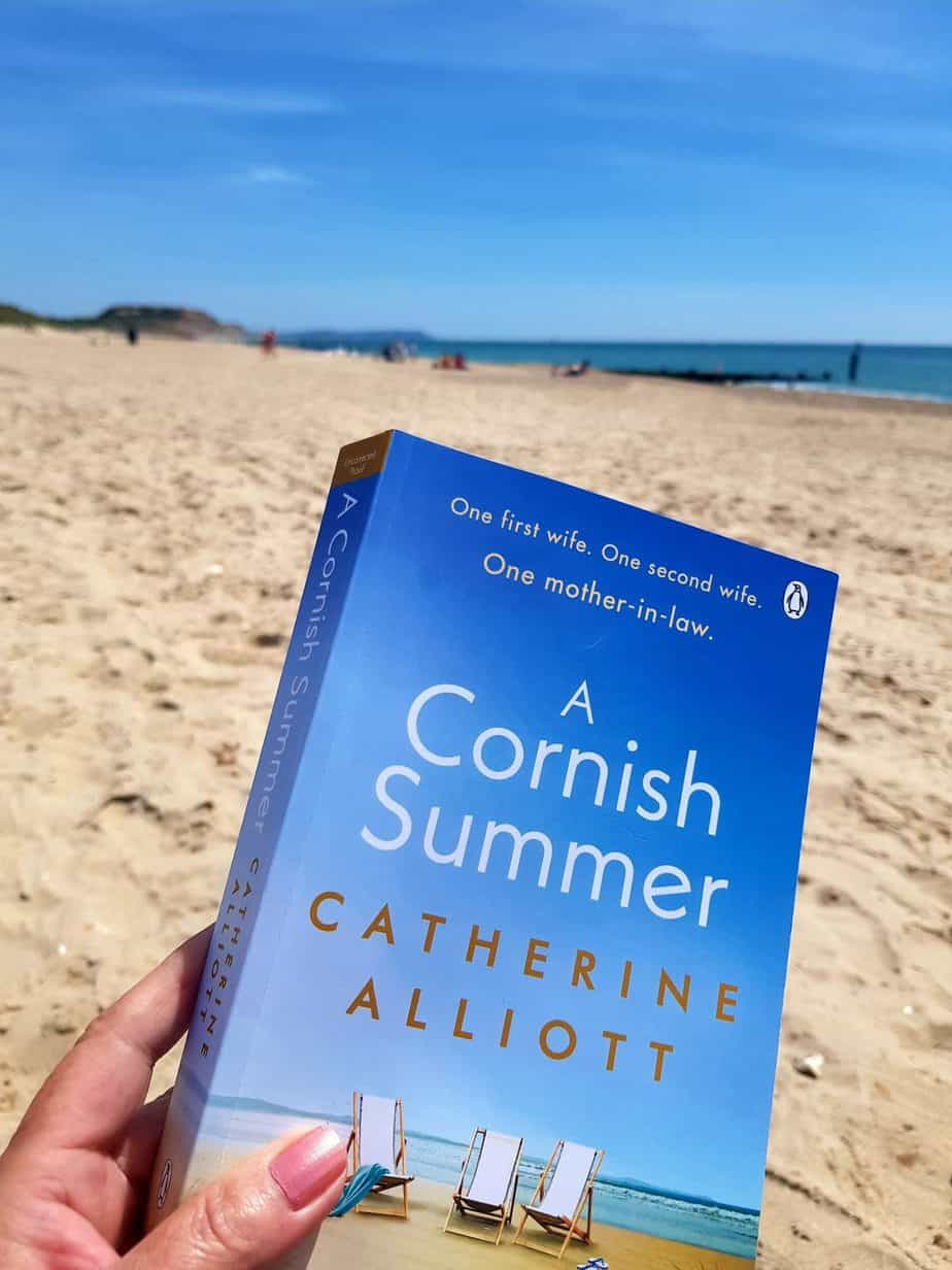 Book cover for A Cornish Summer by Catherine Alliott